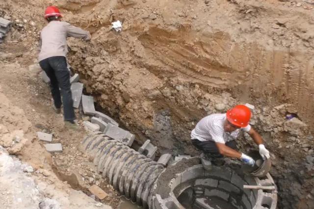 南靖育兴路改造正火热施工 主体道路力争年底完工