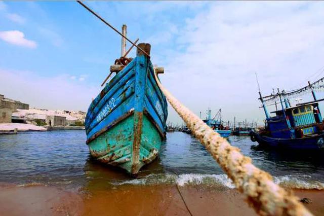 晋江渔民深夜落海 为回家拼命游了4小时上岸