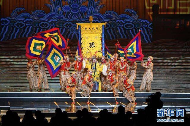 """第六届丝绸之路国际电影节闭幕 """"金丝路""""各奖项揭晓"""