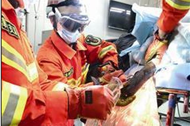漳州:渔船配件起火爆炸 10厘米粗钢管穿透渔民身体