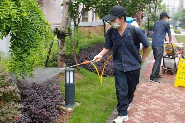 4月3日福州全市各校进行卫生清洁消毒