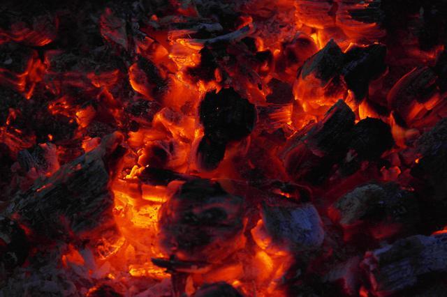 6月漳州龙海海事辖区煤炭吞吐量同比增长46%