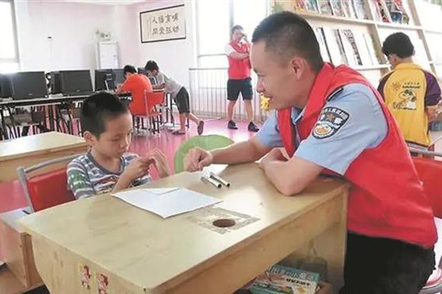 泉州一民警从警7年 有6年时间投身志愿服务