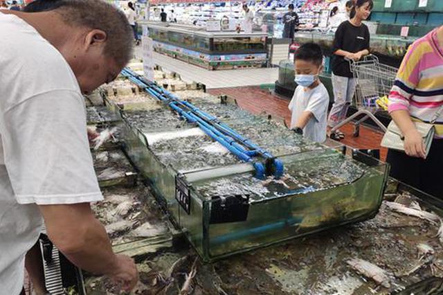 福州海鲜价格同比下降明显 明天或迎开渔到货小高峰