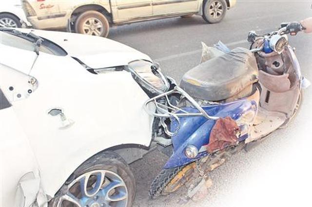 泉州男子开车看手机10秒 追尾碰撞致电动车驾驶员死亡