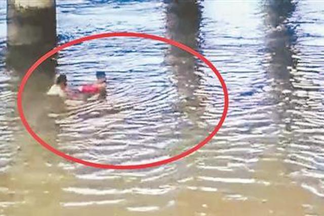 泉州8名少年笋江桥下戏水 一人突然溺水六旬老伯相救