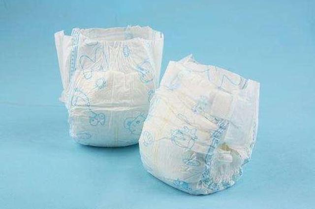 纸尿裤漏不明晶体 泉州商家全额退款并回收产品