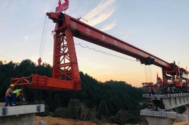 浦梅铁路完成全部桥梁架设 预计2021年6月通车