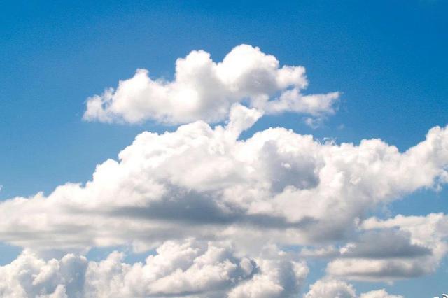 高考期间福建多阵雨或雷阵雨 最高气温29-34℃之间