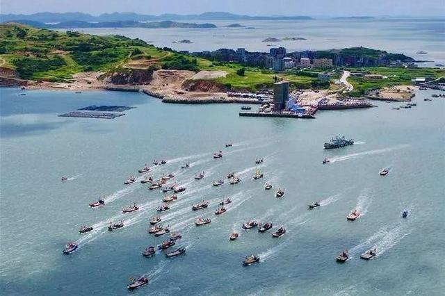 福建海域结束伏季休渔期正式开渔
