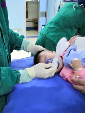福州7个月婴儿脑出血 会诊转院多方救治