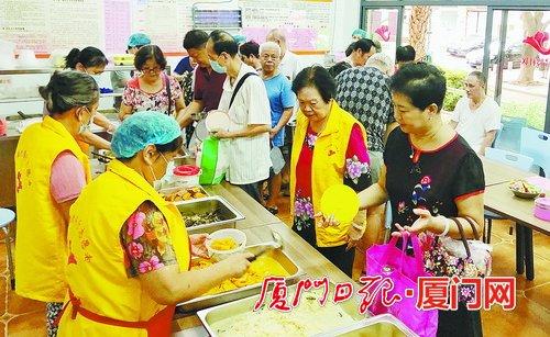 吕岭社区敬老餐厅,老人家门口的便民食堂。
