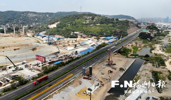 福泉高速连接线改造工程B辅路开始动建。