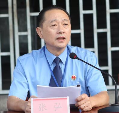 三明市检察院副检察长 张 弘