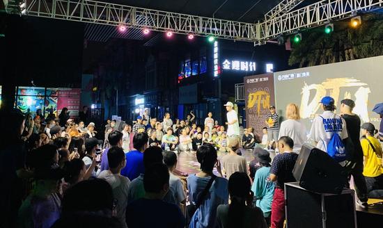 """《【摩登2娱乐app登录】DTU中国街舞精英邀请赛再度来厦 """"这就是街舞""""选手强势助力》"""