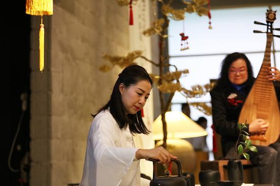 王彩珍老师携手杨俊梅女士-茶韵