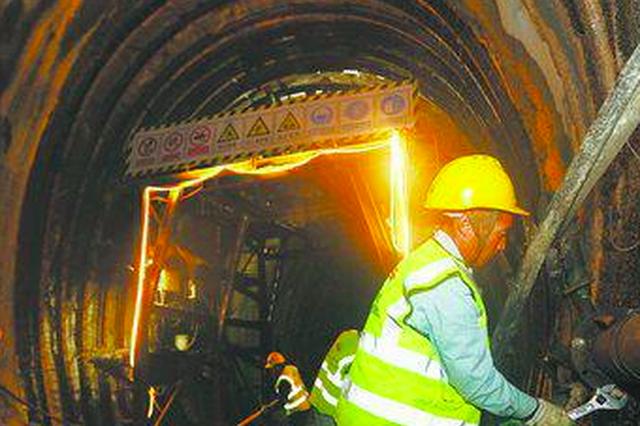 海沧隧道建设春节假期持续推进 2020年底建成通车