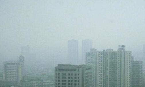 厦门今明两天阴沉有阵雨 云系较多全岛雾蒙蒙