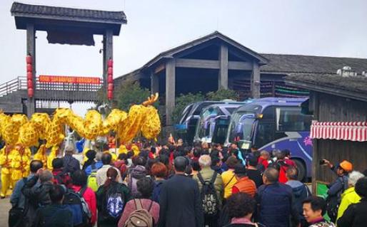 """福州新春旅游迎""""开门红"""" 9个团队千余游客参与活动"""