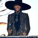 碧昂斯获时尚偶像大奖 看她在时尚圈如何兴风作浪