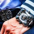 像打造一枚小型飞船一样打造一款腕表