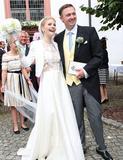 意想不到的温馨  德国马克西米利王子迎娶妻子