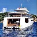 玻璃底泳池和雪房 一亿英镑游艇里都有啥