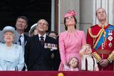 英国王室观看阅兵 乔治小王子激萌贡献表情包