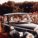 商务范:英国女王才是老司机,她开过的豪车数不清