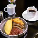 如何在五星级酒店的自助早餐吃出11国风味?