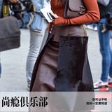 时装:此时不穿待何时,秋季给皮裙一个机会!