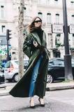 黎贝卡:为什么有人穿得很普通,却越看越耐看?