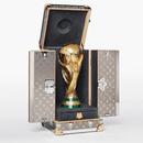 LV为2018世界杯制作奖杯专用箱