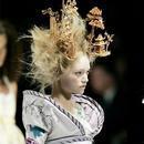 动物皮草退出时尚界后 下一个会是羽毛制品吗
