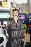 12.17|时尚圈谁又上热搜了:48岁的李嘉欣颜值很抗打