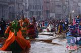 威尼斯拟立法禁止游客沿街就餐 整治游客吃零食现象