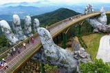 越南岘港Golden Bridge 以巨型石手成为新景点
