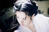 新版小龙女撞脸刘亦菲?她们同款的英气眉太圈粉
