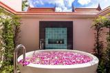 超赞的酒店配惊艳的浴缸?蜜月住了你就不想退房