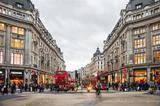 伦敦冬日里最温暖的事 躲进街角的书店一整天
