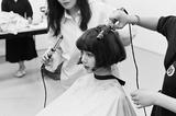 人间芭比 韩女团BLACKPINK成员Lisa晒短发照惊艳网友