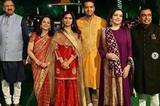 印度首富嫁女儿 希拉里去捧场碧昂斯献唱