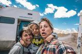 奥地利夫妻换了房车 只为让4岁的孩子看世界