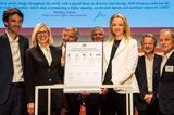 奢侈品牌正视性别平等 LVMH承诺消除LGBTI群体歧视
