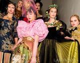12.12|时尚圈谁上热搜了:Vogue时评力捧DG大秀遭抨击