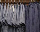 扎克伯格最爱的T恤品牌出珠宝 低调奢华晒品味就送它