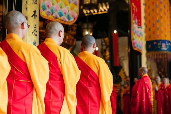 上海玉佛禅寺方丈觉醒法师教您几点甄别真假僧人的方法 (图片来源:资料图)