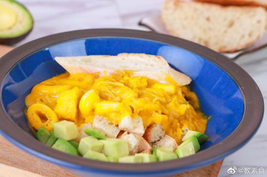 这样的浓汤,又鲜又营养,还不赶紧尝尝?