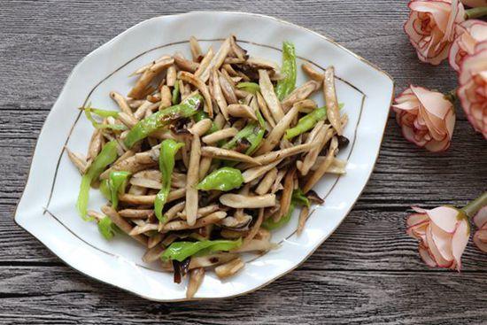 青椒茶树菇