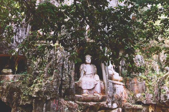 每个众生最圆满光明的自性,就是佛